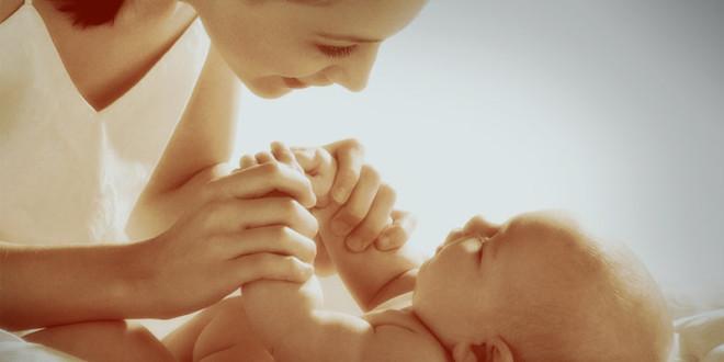 что принято дарить маме на рождение ребенка