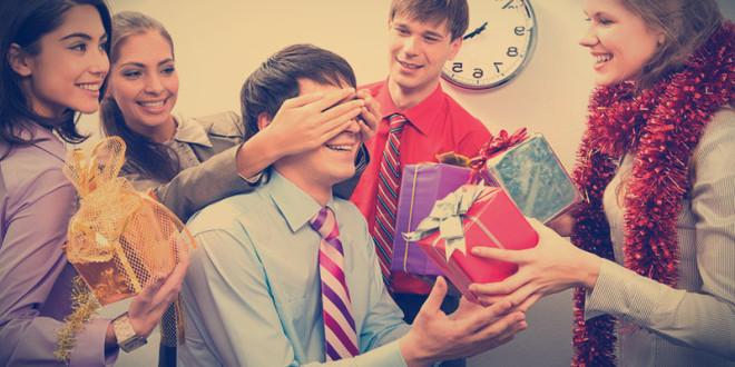 корпоративные подарки на новый год 2016
