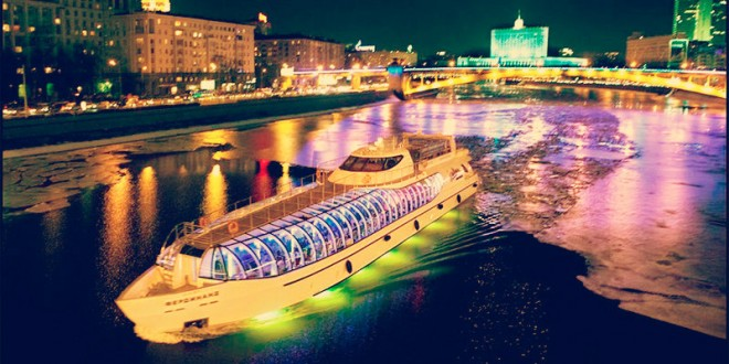 встретить новый год 2016 на корабле по москве реке
