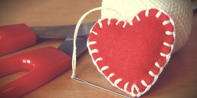 сделать подарок своими руками на 14 февраля подруге