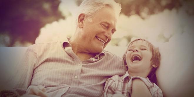 что можно подарить дедушке на 23 февраля своими руками