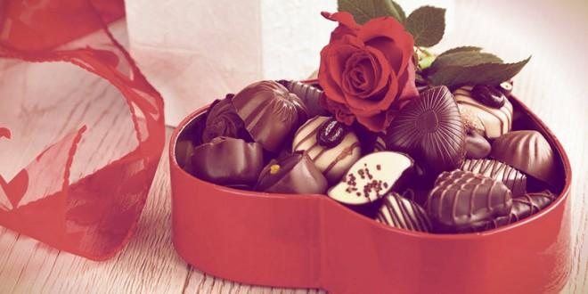 какие конфеты подарить девушке на 8 марта