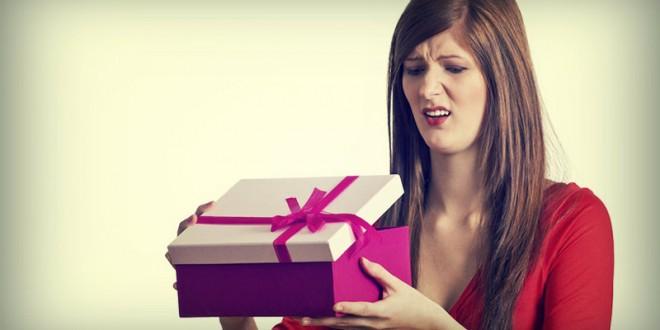 10 подарков которые не стоит дарить женщине на 8 марта