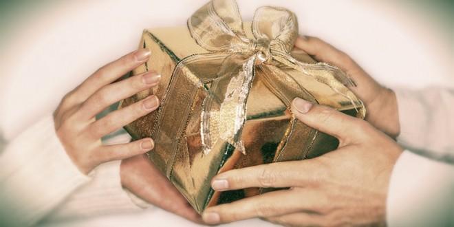 романтический подарок девушке на 8 марта
