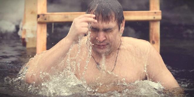 как правильно купаться на крещение
