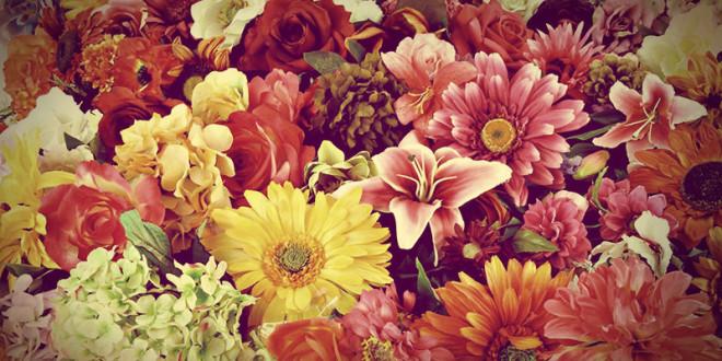 почему нельзя дарить искусственные цветы