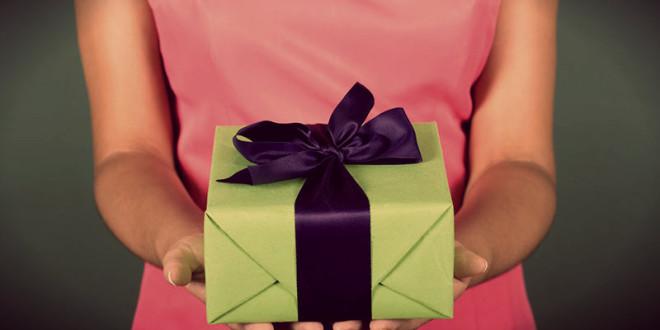 идеи подарков женщине на юбилей