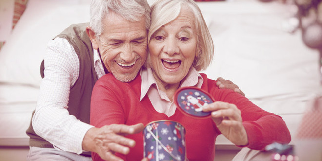 что подарить пожилым родителям на новый год 2016