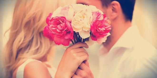 какие цветы лучше подарить девушке на 14 февраля