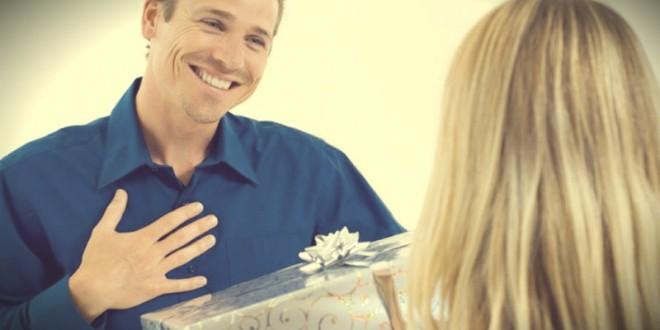 самые популярные подарки парню на 23 февраля