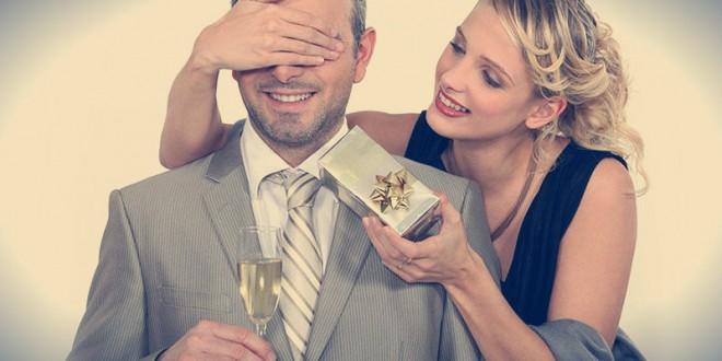 какой подарок можно сделать мужу на 23 февраля своими руками