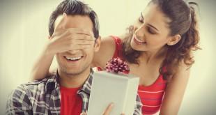 как поздравить парня с годовщиной отношений